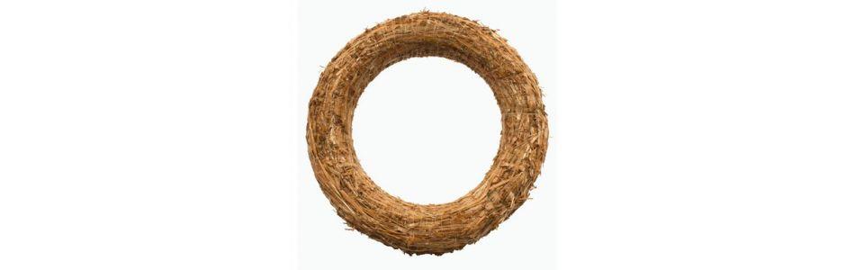 Slámový věnec průměr cca 30 cm (39 Kč) Obi