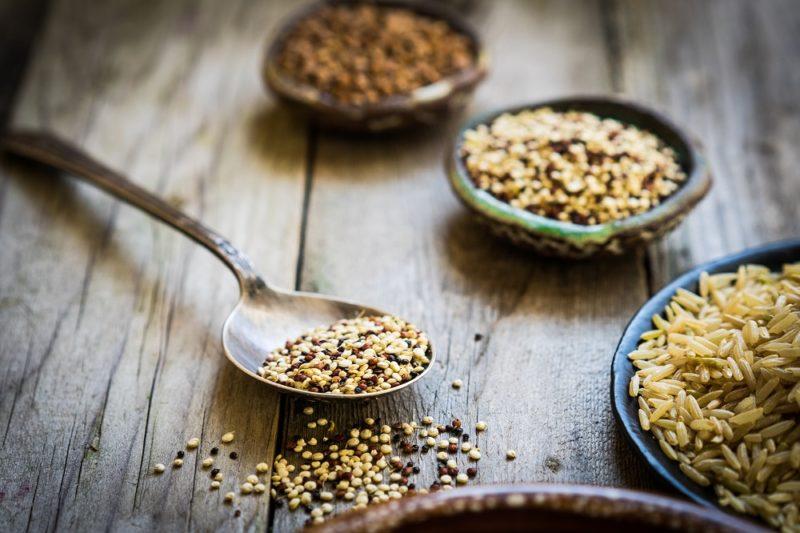 Quinoa je na tom ale vporovnání sostatními obilovinami docela dobře.