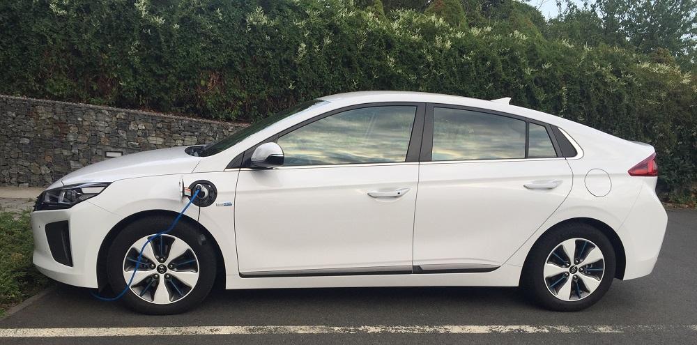 Hyundai IONIQ Plug-in Hybrid: nabíjení trvá cca 3 hodiny