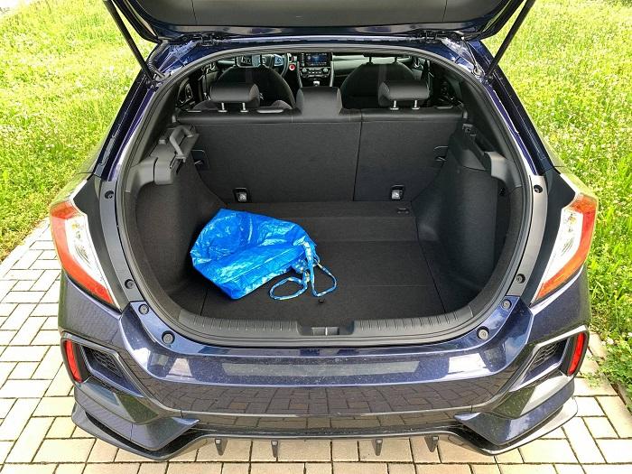 Objem zavazadlového prostoru je jeden z největších - 478 litrů.